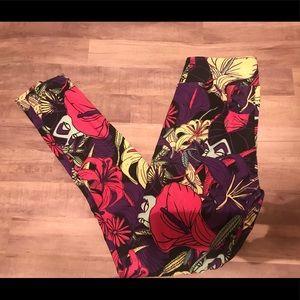 LuLaRoe Leggings. Malificent floral. OS